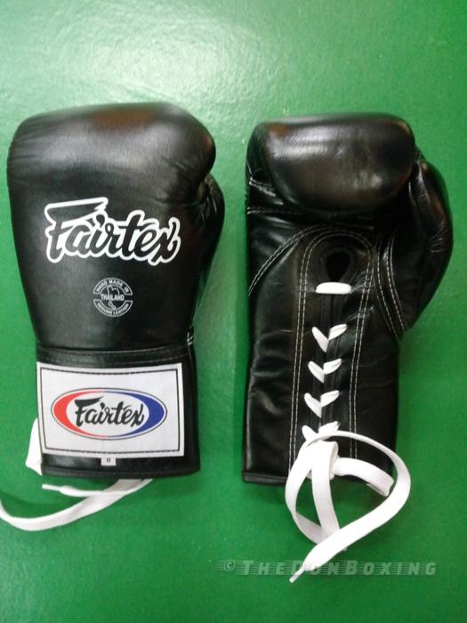 Fairtex Pro Microfiber boxing gloves for sparring Black BGL6