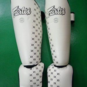Fairtex shin pads competition (black and white)